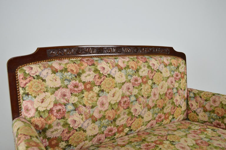 Art Nouveau Salon Set in Carved Mahogany on a Floral Theme, circa 1900 For Sale 5