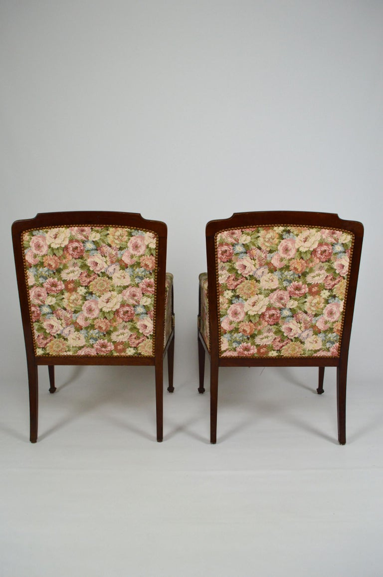 Art Nouveau Salon Set in Carved Mahogany on a Floral Theme, circa 1900 For Sale 8