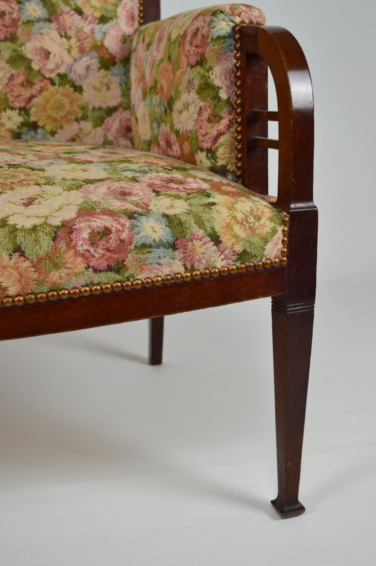 Art Nouveau Salon Set in Carved Mahogany on a Floral Theme, circa 1900 For Sale 1