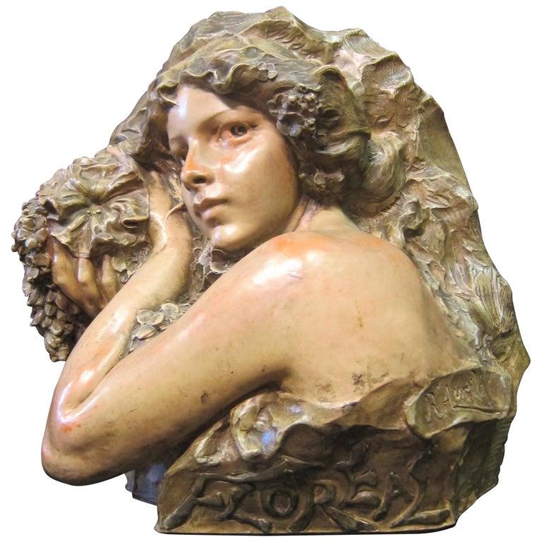 Art Nouveau Sculpture in Terra Cotta For Sale