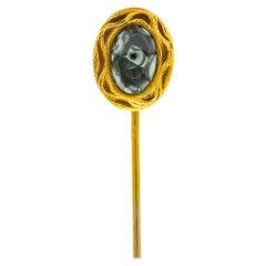 Art Nouveau Seraphinite Cabochon 14 Karat Gold Stickpin, circa 1905