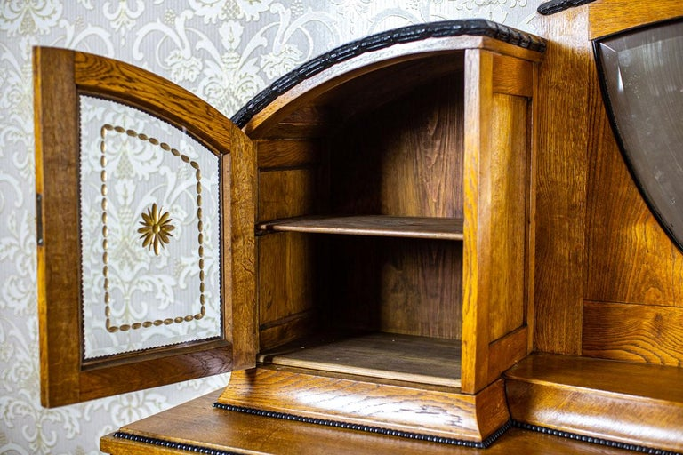 Art Nouveau Sideboard from the Turn of the 19th and 20th Century For Sale 4