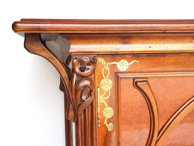French Art Nouveau Sideboard in the Style of Eugène Gaillard, 1900s For Sale