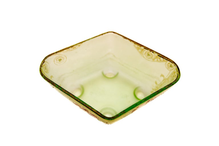 Art Nouveau Square Glass Bowl with Flowers and Ornaments For Sale 4