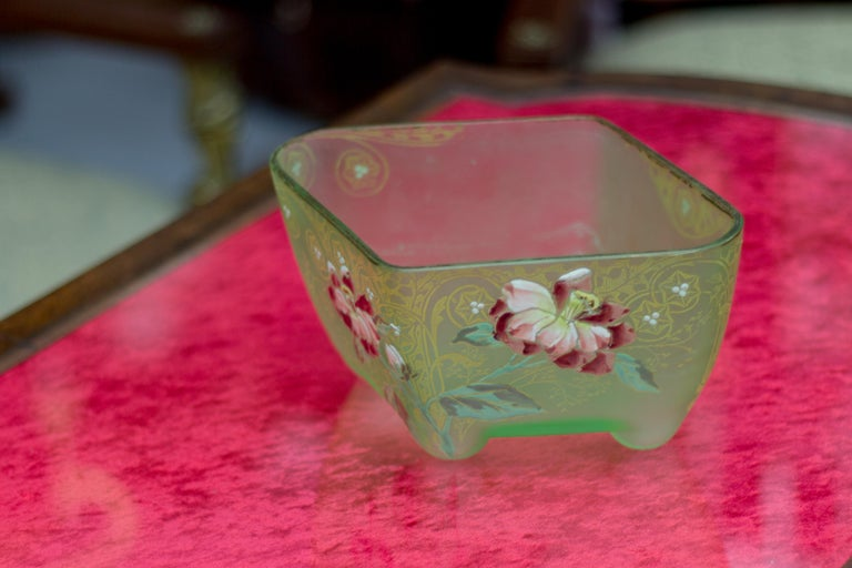 Art Nouveau Square Glass Bowl with Flowers and Ornaments For Sale 8