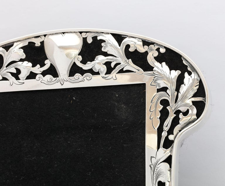 Art Nouveau Sterling Silver-Mounted Picture Frame For Sale 2