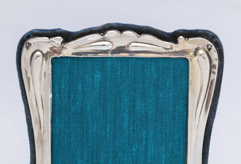 Early 20th Century Art Nouveau Sterling Silver Picture Frame For Sale