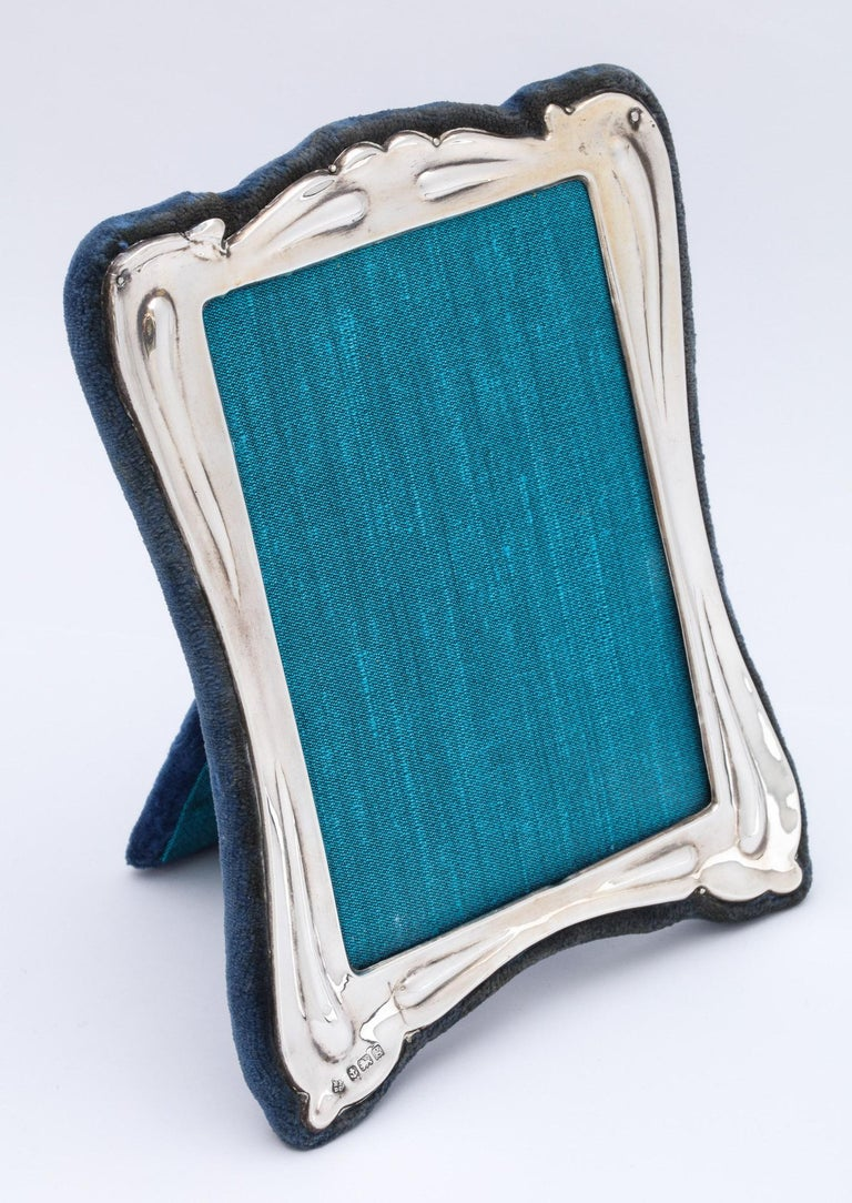 Art Nouveau Sterling Silver Picture Frame For Sale 3