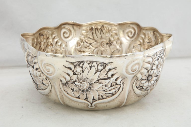 Art Nouveau Sterling Silver Serving Bowl by Whiting Mfg. Co In Excellent Condition For Sale In New York, NY