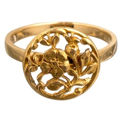 Art Nouveau Style 18 Karat Gold Flower Ring