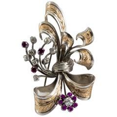 Art Nouveau Style 2.30 Carat White Diamond Ruby White Yellow Gold Brooch
