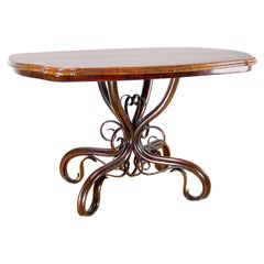 Art Nouveau Table Thonet Nr.5, circa 1870