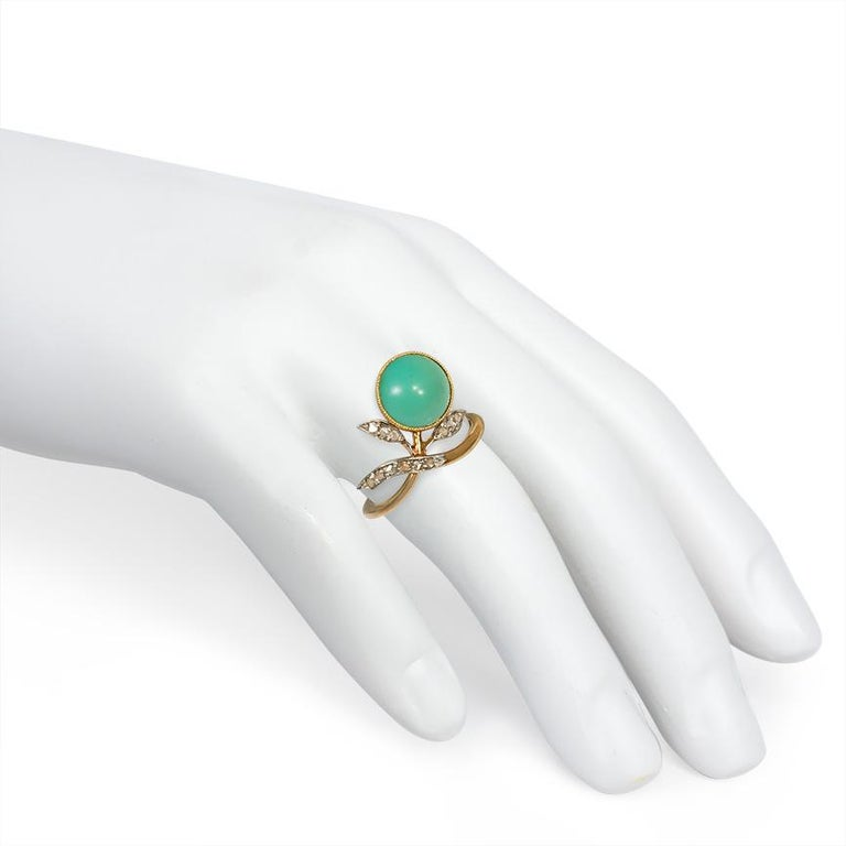 Art Nouveau Turquoise and Diamond Floral Motif Ring in Gold and Platinum In Good Condition For Sale In New York, NY