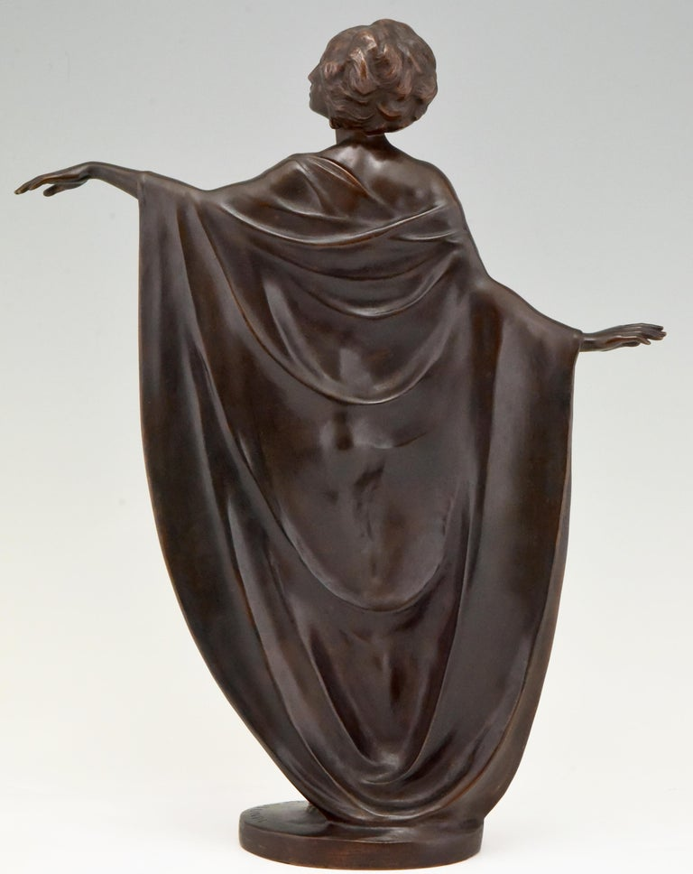 Art Nouveau Vienna Bronze Sculpture Draped Nude Dancer Theodor Stundl, 1910 In Good Condition For Sale In Antwerp, BE