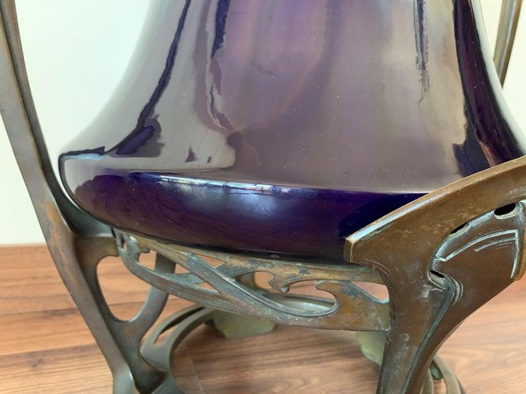 Art Nouveau Water Lily Vase Jugendstil Bronze in the Manner of Otto Eckman For Sale 4