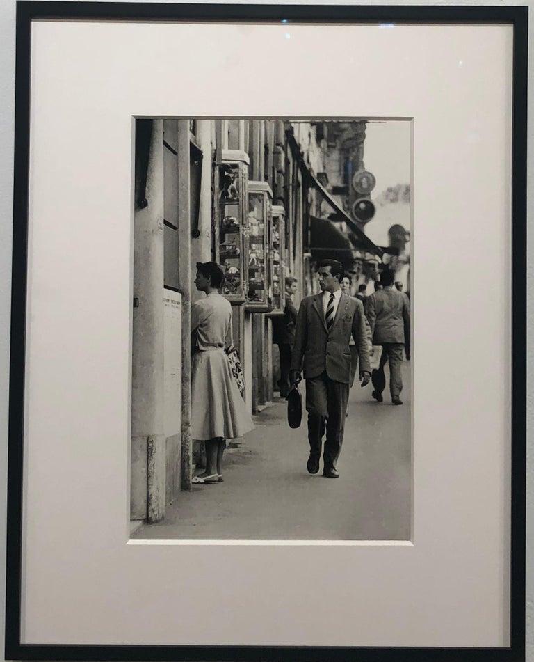 Roma, An Italian Gentleman Enjoying a Beautiful Woman, Black & White Photograph - Gray Black and White Photograph by Art Shay