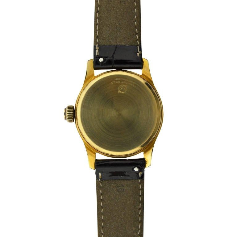 Arta Yellow Gold Original Dial Manual Wind Watch, 1950s For Sale 2