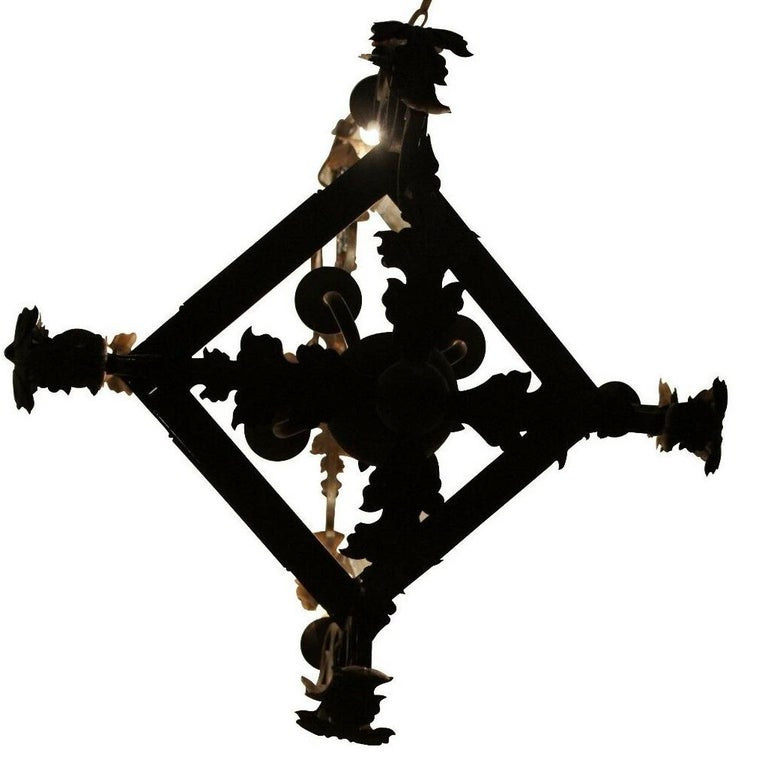 Arte De Mexico Spanish Tuscan Iron Carriage Lantern Chandelier 8 Light Rustic In Good Condition For Sale In Dayton, OH