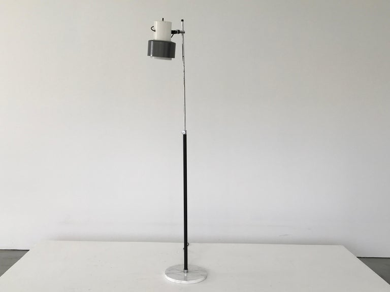 Arteluce Floor Lamp in Grey and White In Good Condition For Sale In Los Angeles, CA