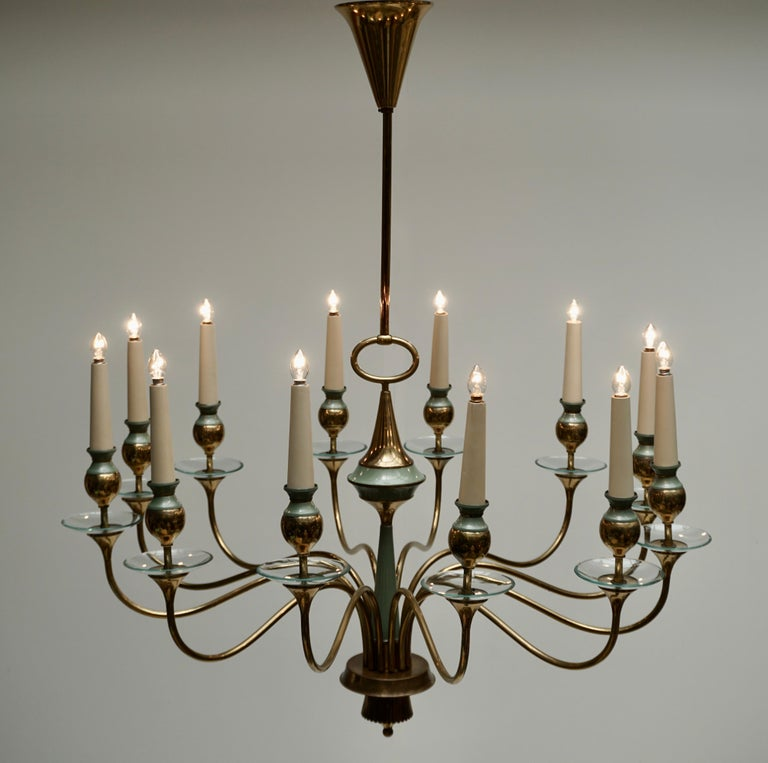 Arteluce Style Twelve Arm Chandelier in Brass and Glass, 1950s In Good Condition For Sale In Antwerp, BE