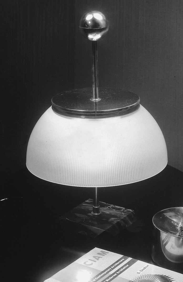 Modern Artemide Alfa LED-T Table Lamp in White and Marble Base by Sergio Mazza For Sale