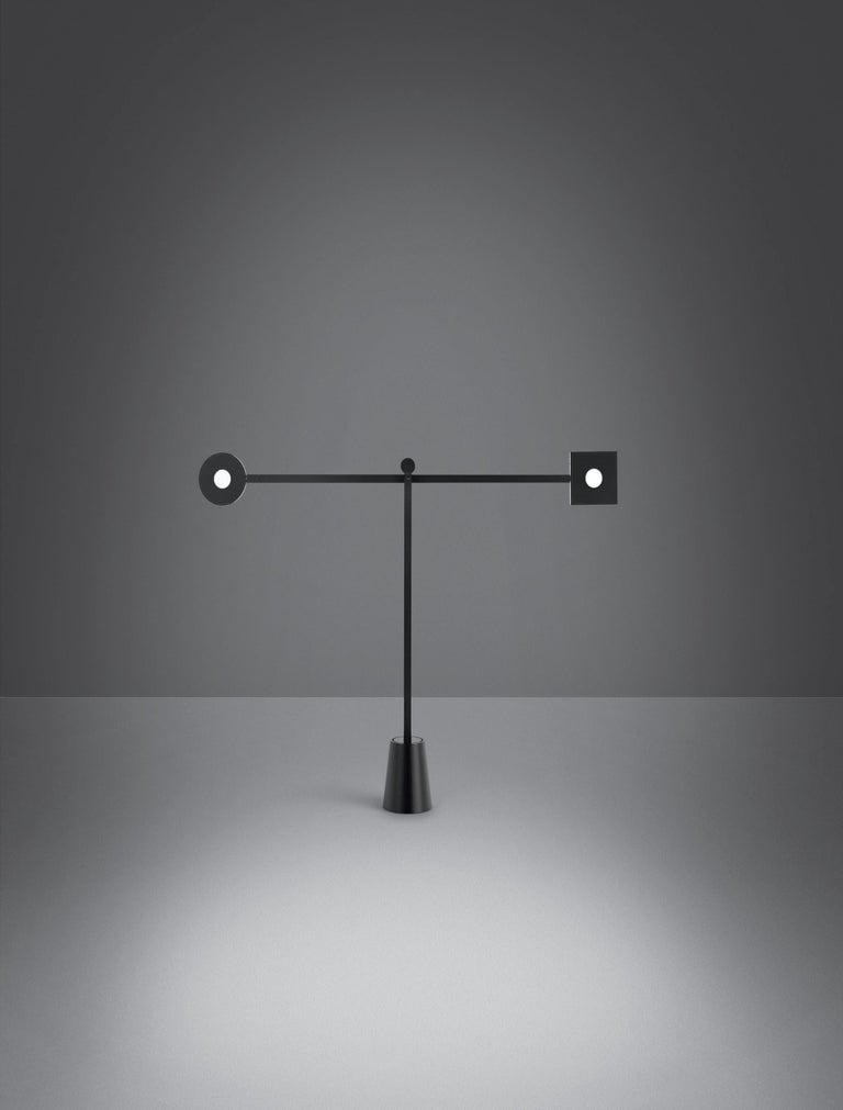 Artemide Equilibrist LED Table Lamp by Jean Nouvel In New Condition For Sale In Hicksville, NY