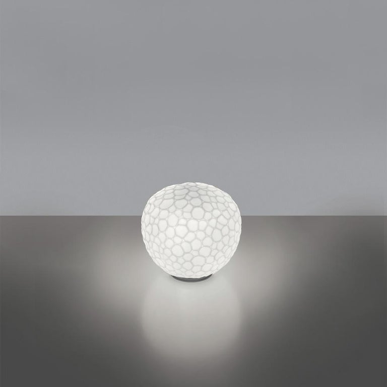 Modern Artemide Meteorite 35 Dimmable E26 Table Lamp in White by Pio & Tito Toso For Sale
