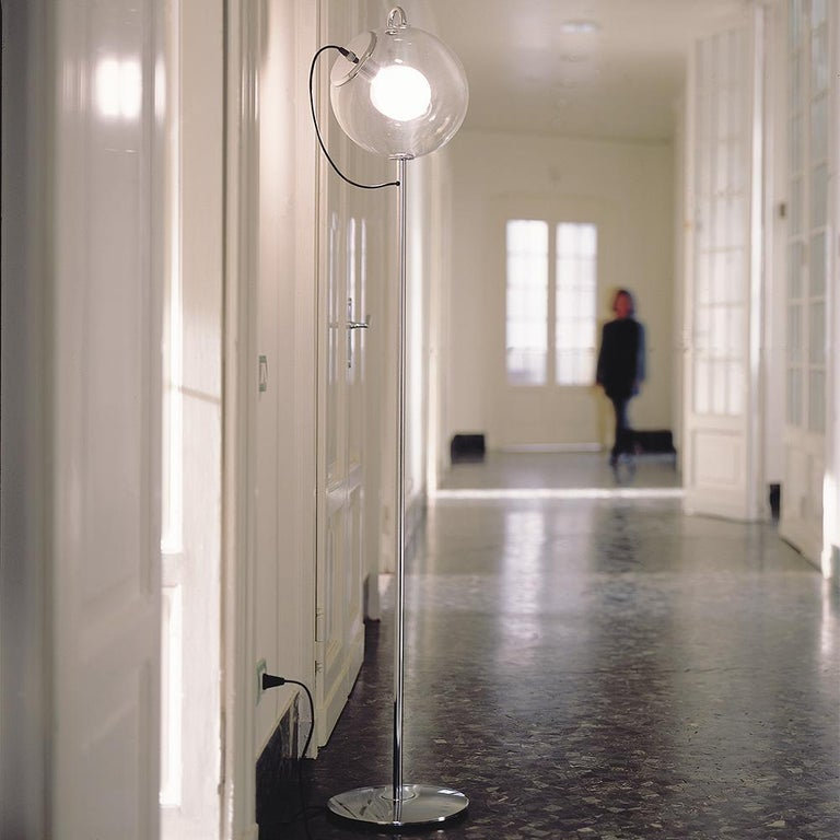 Modern Artemide Miconos E26 Floor Lamp in Chrome by Ernesto Gismondi For Sale