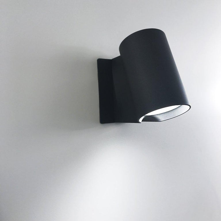 Modern Artemide Oblique LED Wall Light in Anthracite Gray For Sale