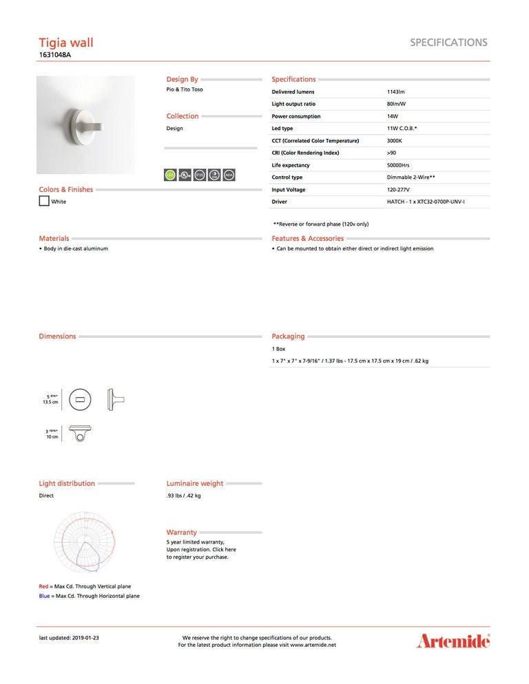 Modern Artemide Tigia Wall Light in White For Sale