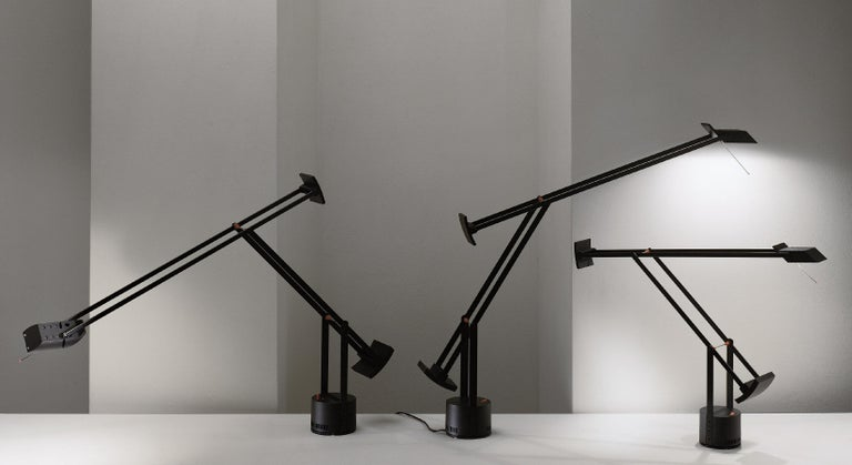 Italian Artemide Tizio LED 30K Classic Table Lamp in Black by Richard Sapper For Sale