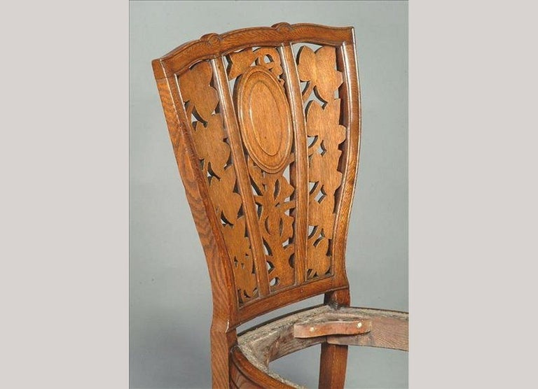 Arthur Heygate Mackmurdo for the Century Guild. An Important Art Nouveau Chair In Good Condition For Sale In London, GB