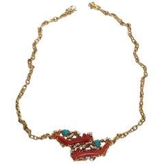 Arthur King Jewelry 18 Karat Yellow Gold Coral Diamond Necklace, circa 1970