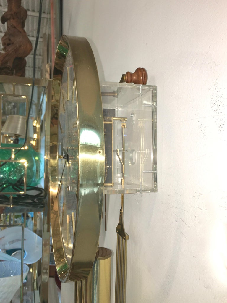 Arthur Umanoff for Howard Miller Brass and Lucite Wall Clock For Sale 10