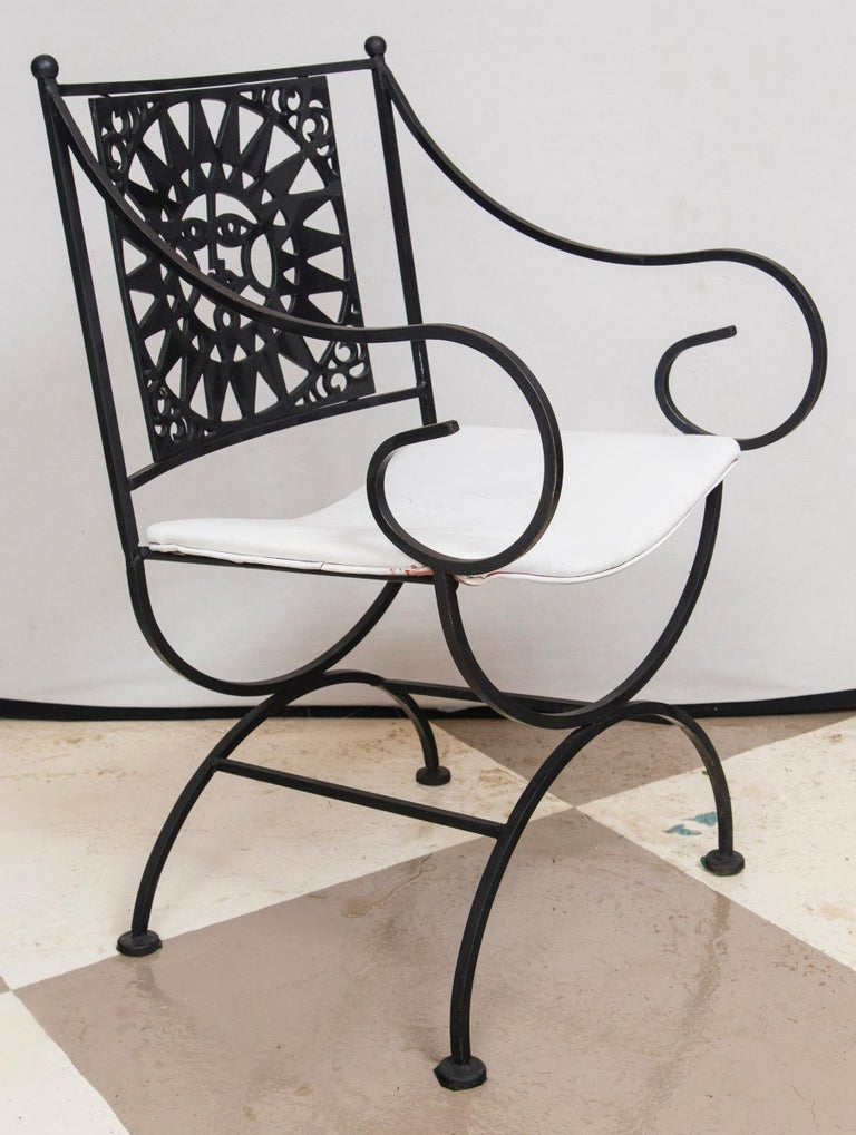 Arthur Umanoff Wrought Iron Sun Table and Four Chairs For Sale 4