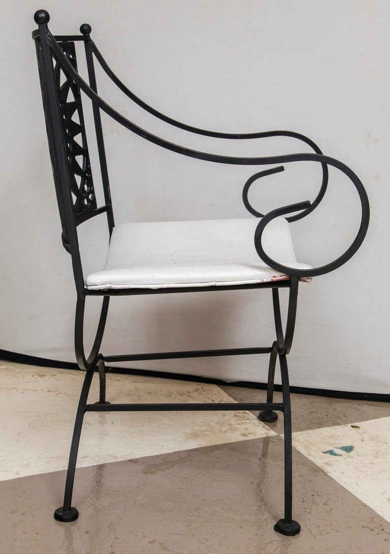 Arthur Umanoff Wrought Iron Sun Table and Four Chairs For Sale 5