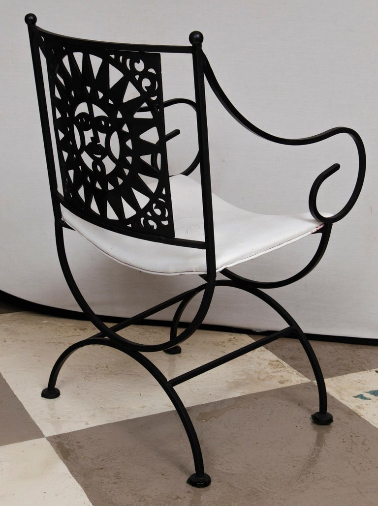 Arthur Umanoff Wrought Iron Sun Table and Four Chairs For Sale 6