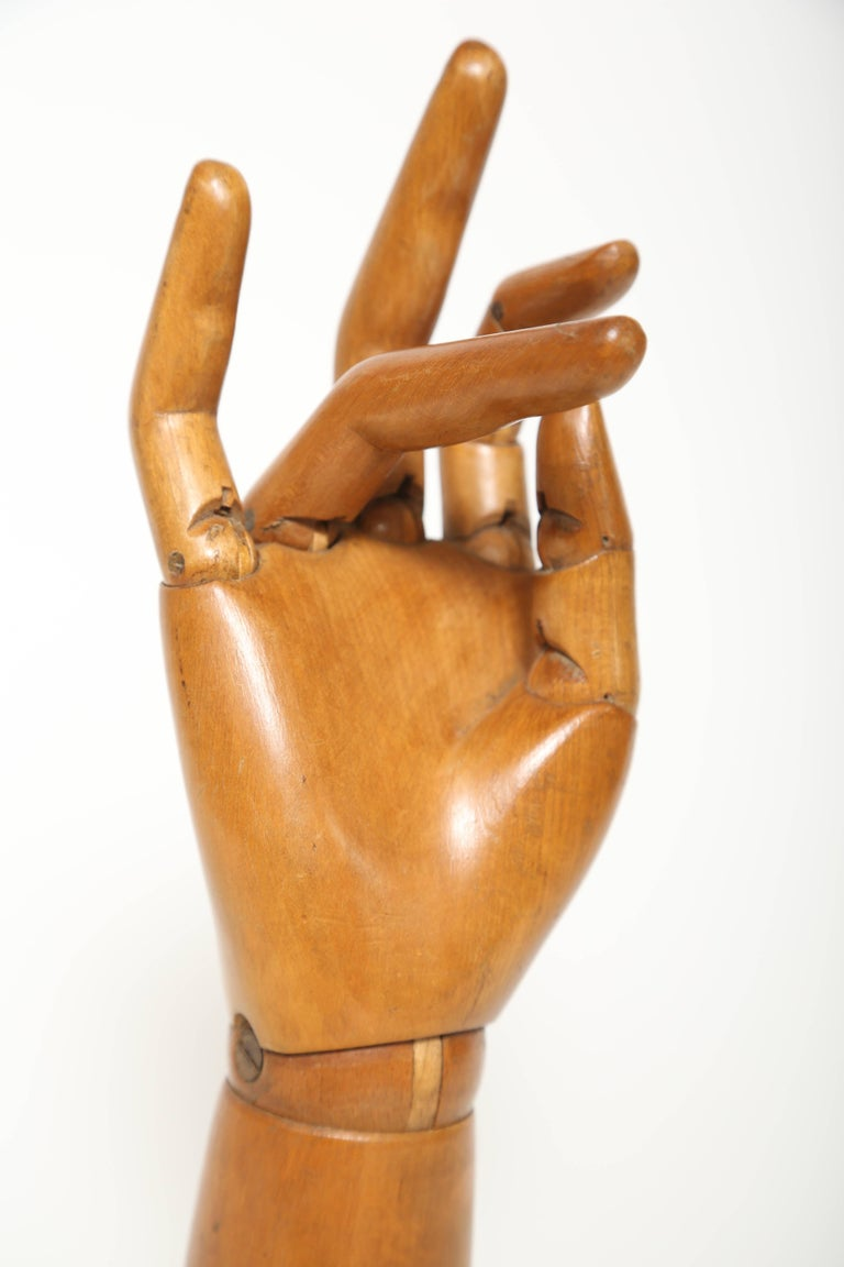 Articulated Hand Mannequin In Good Condition For Sale In West Palm Beach, FL