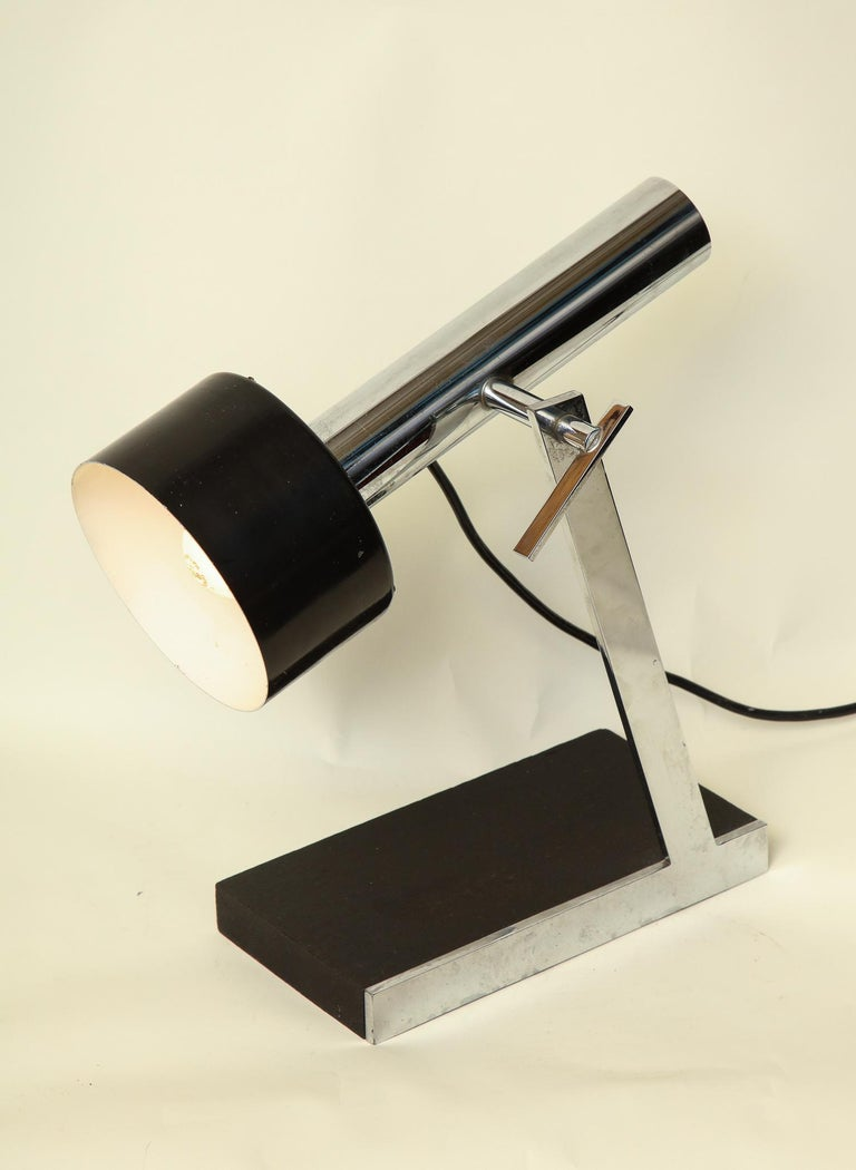 Articulated Table Lamp Architectural Mid-Century Modern shade adjusts Italy 1950 For Sale 4