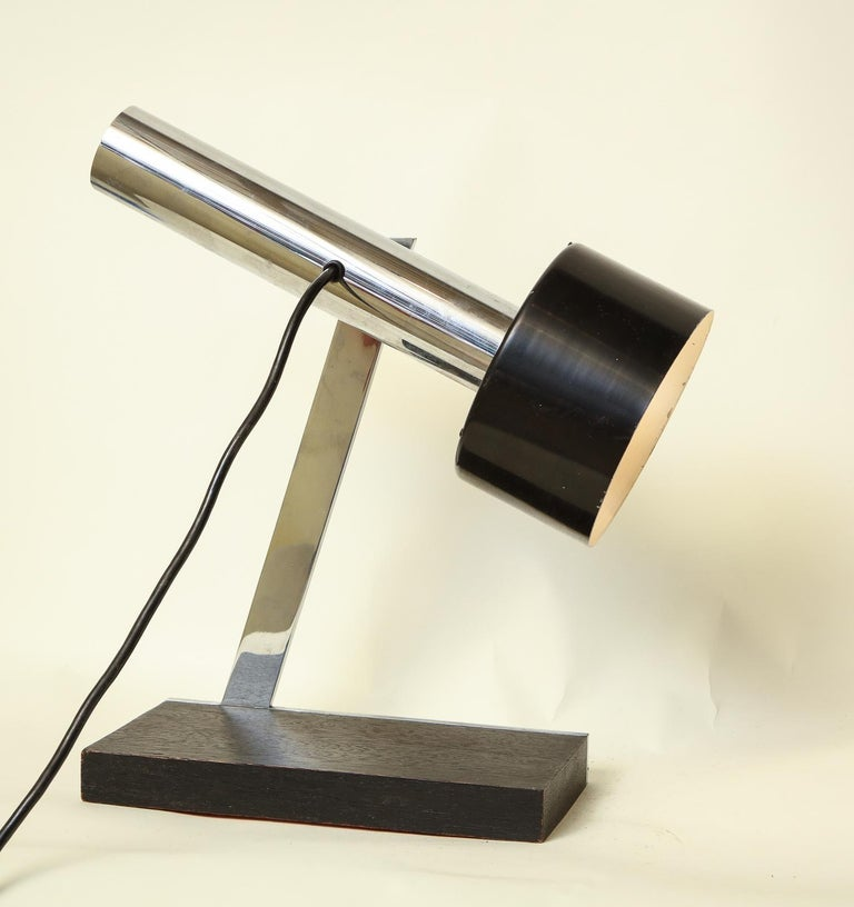 Articulated Table Lamp Architectural Mid-Century Modern shade adjusts Italy 1950 In Good Condition For Sale In New York, NY