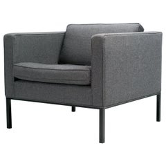 Artifort 905 Lounge Chair