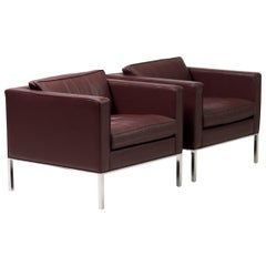 Artifort 905 Lounge Chairs in Maroon Leather