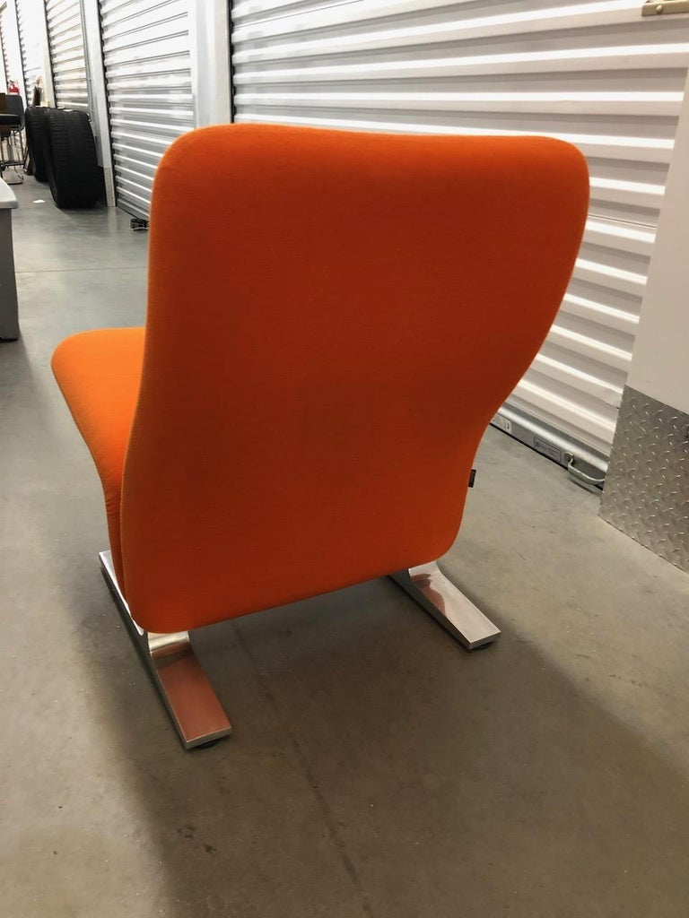 Artifort Classic Orange Low Back Concorde Chair by Pierre Paulin For Sale 4