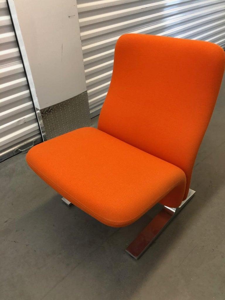 Artifort Classic Orange Low Back Concorde Chair by Pierre Paulin For Sale 1