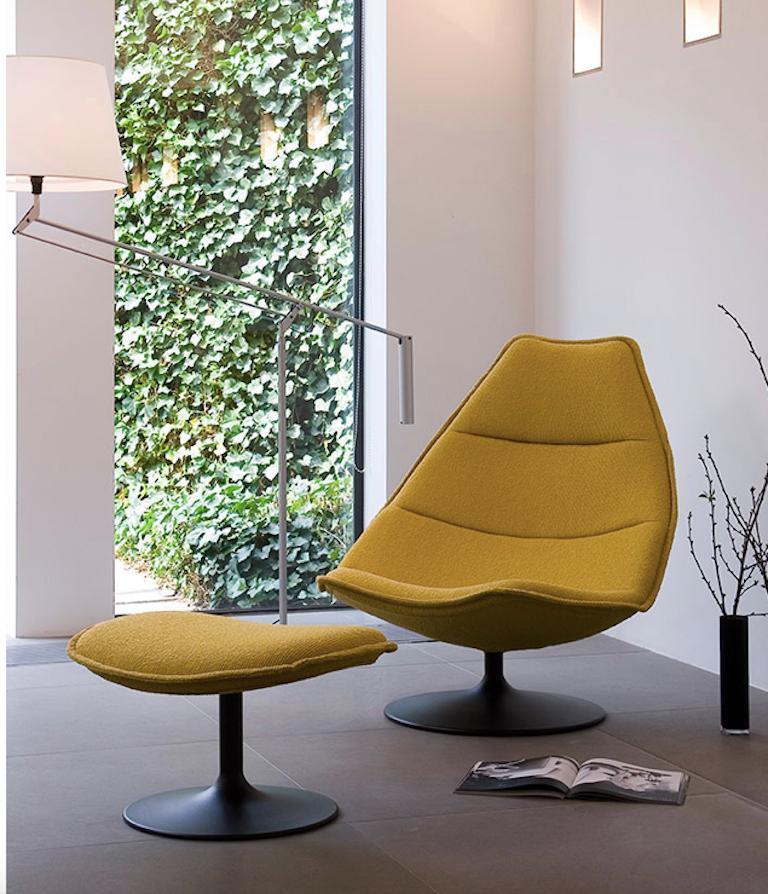 Dutch Artifort F587 High Chair by Geoffrey D. Harcourt RDI For Sale