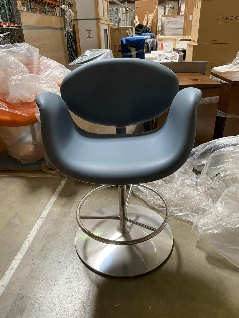 Artifort Little Tulip Stool Desgined by Pierre Paulin In Excellent Condition For Sale In New York, NY