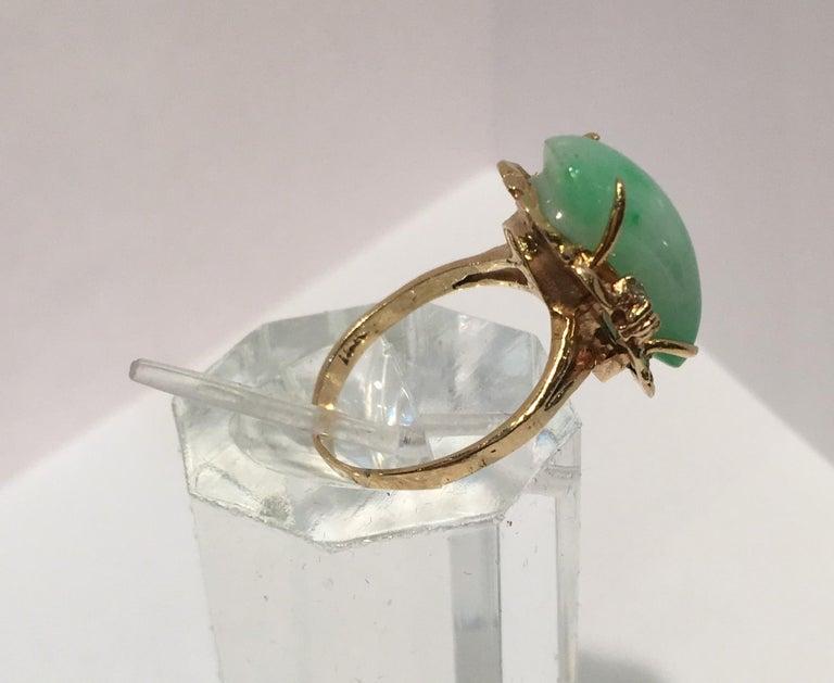 Artisan Custom 18 Karat Yellow Gold Variegated Apple Green Jade and Diamond Ring For Sale 8