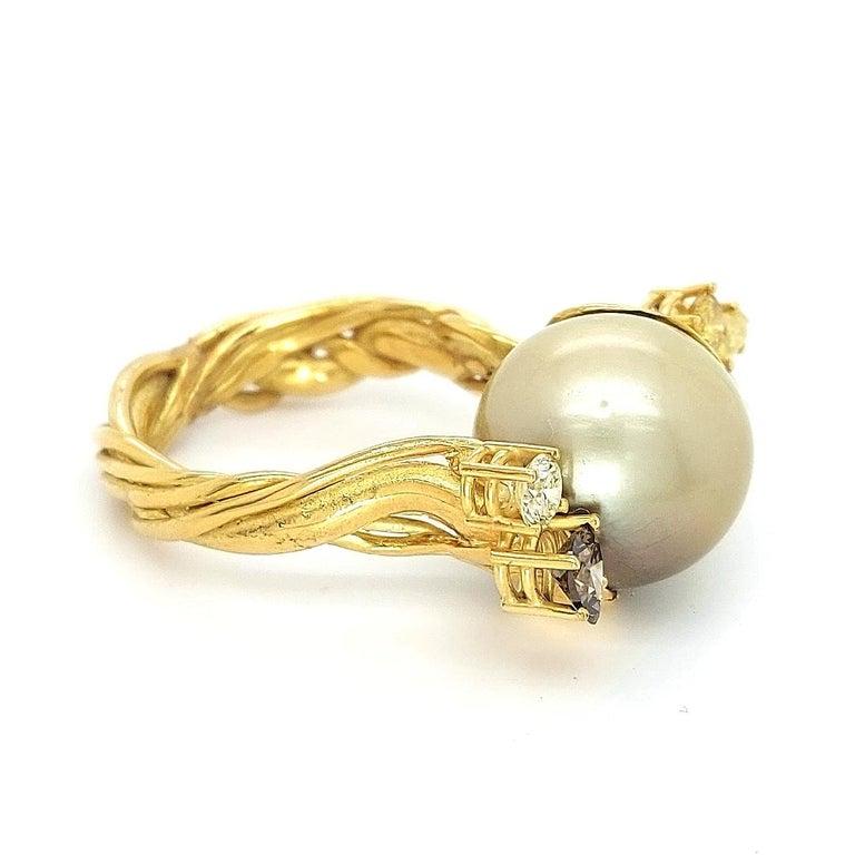 Artisan De Saedeleer 18Kt Yellow Gold Tahiti Pearl and 1.22 Carat Diamonds Ring For Sale 6