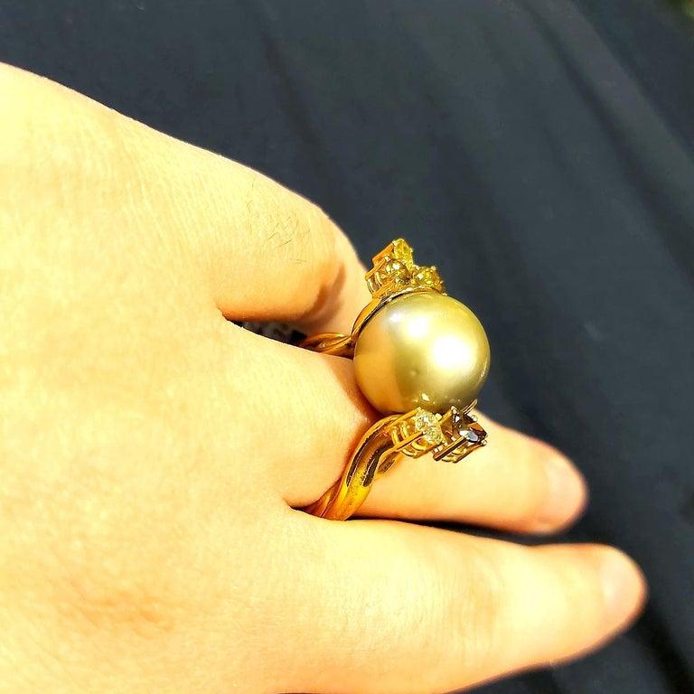 Artisan De Saedeleer 18Kt Yellow Gold Tahiti Pearl and 1.22 Carat Diamonds Ring For Sale 9