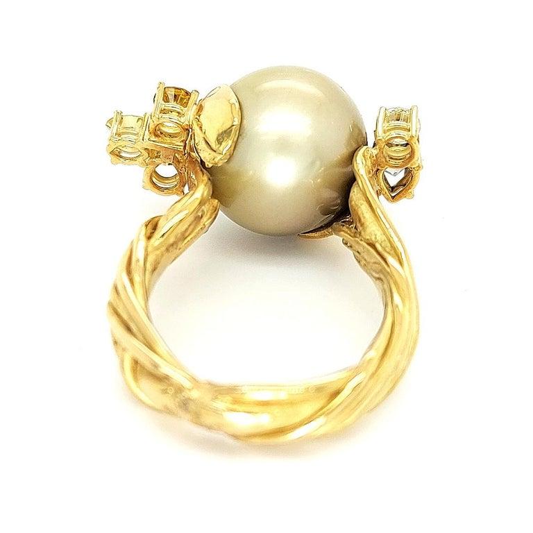 Artisan De Saedeleer 18Kt Yellow Gold Tahiti Pearl and 1.22 Carat Diamonds Ring For Sale 1
